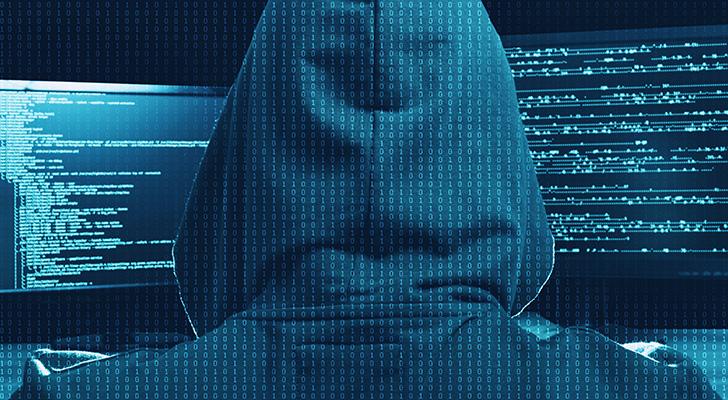 サイバー攻撃を狙うハッカー